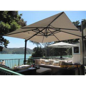 Solarmax Cantilever Umbrella
