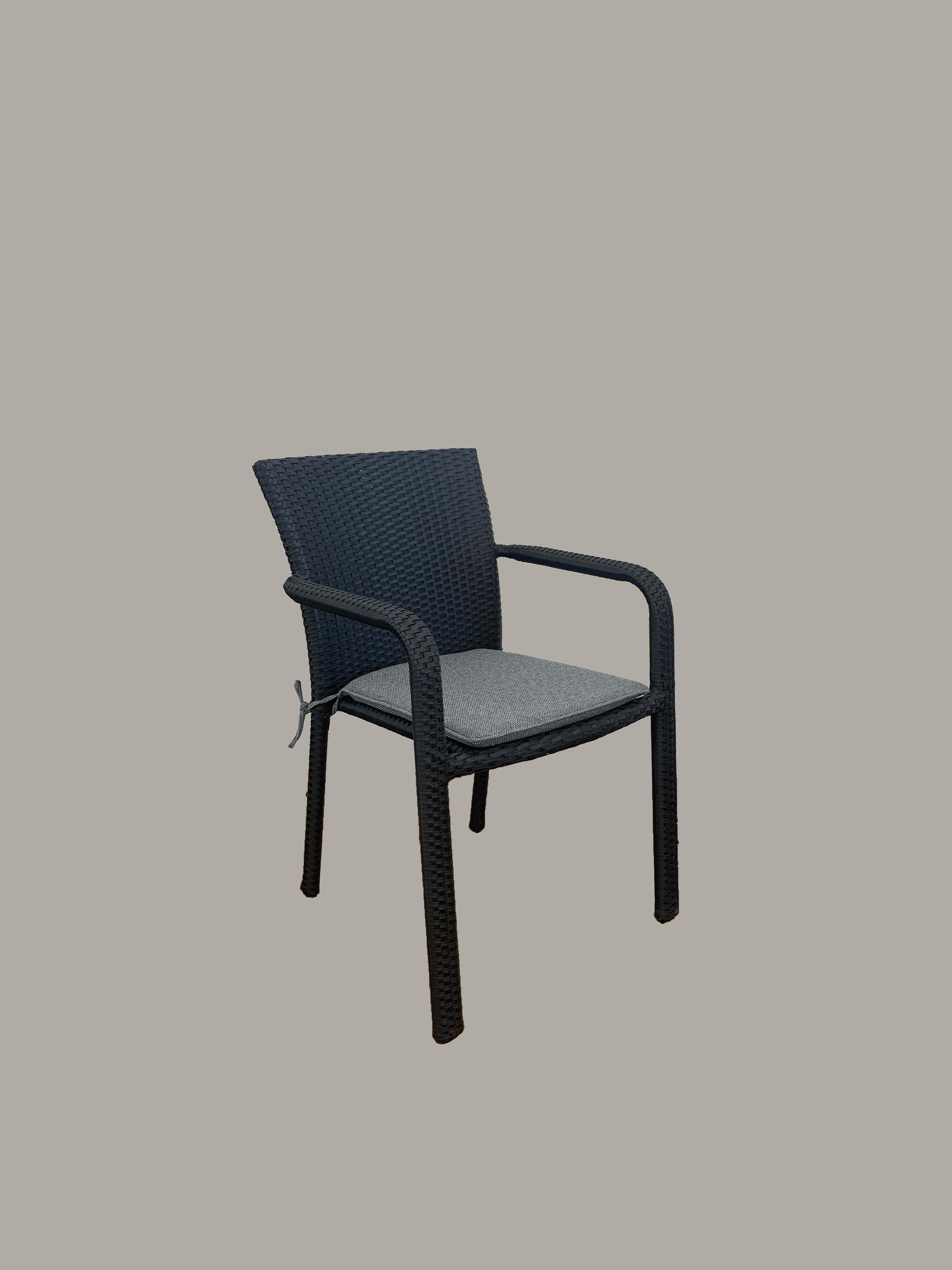 Chevron Arm Chair Black – Outdoor Chairs